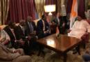 Le Président de la République Issoufou Mahamadou s'entretient avec les fonctionnaires internationaux nigériens de Dakar