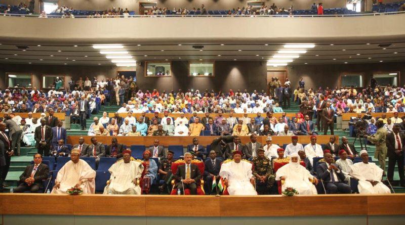 Le Président de la République a inauguré le Centre International de Conférence Mahatma Gandhi, fruit de la coopération entre le Niger et l'Inde